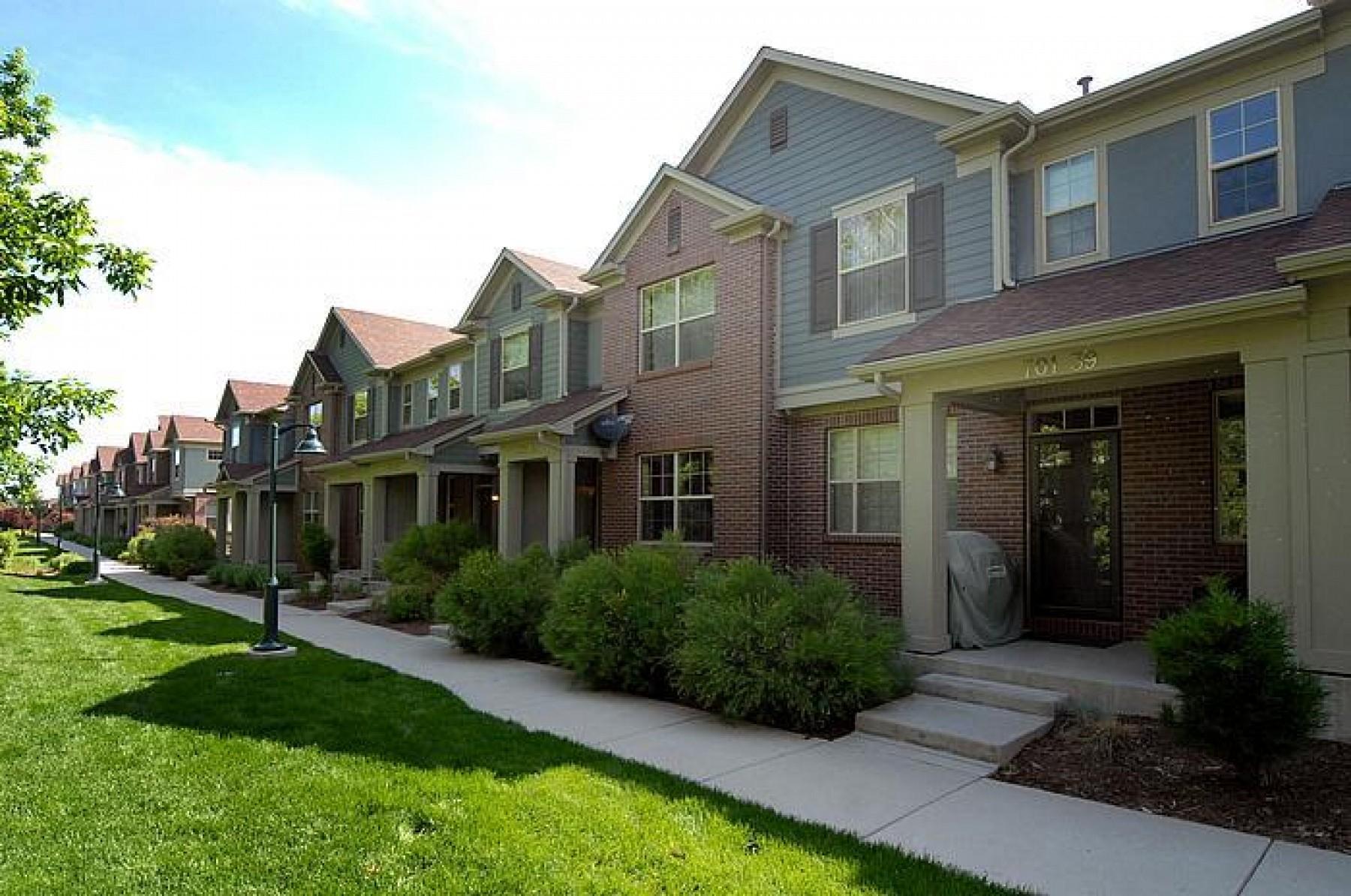 701 Roslyn Street #39, Denver, CO 80230