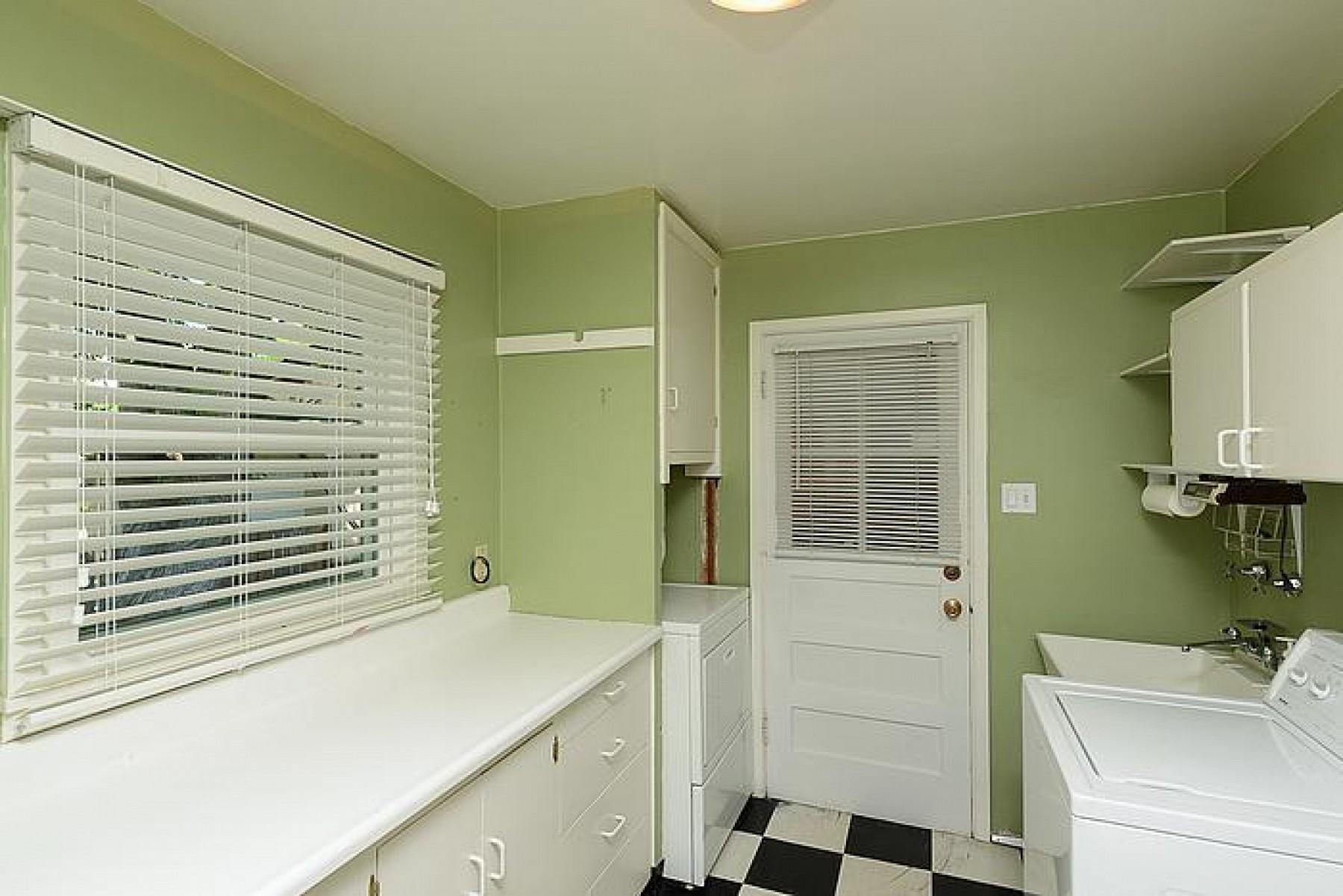 3345 S. Lafayette Street, Englewood, CO 80113