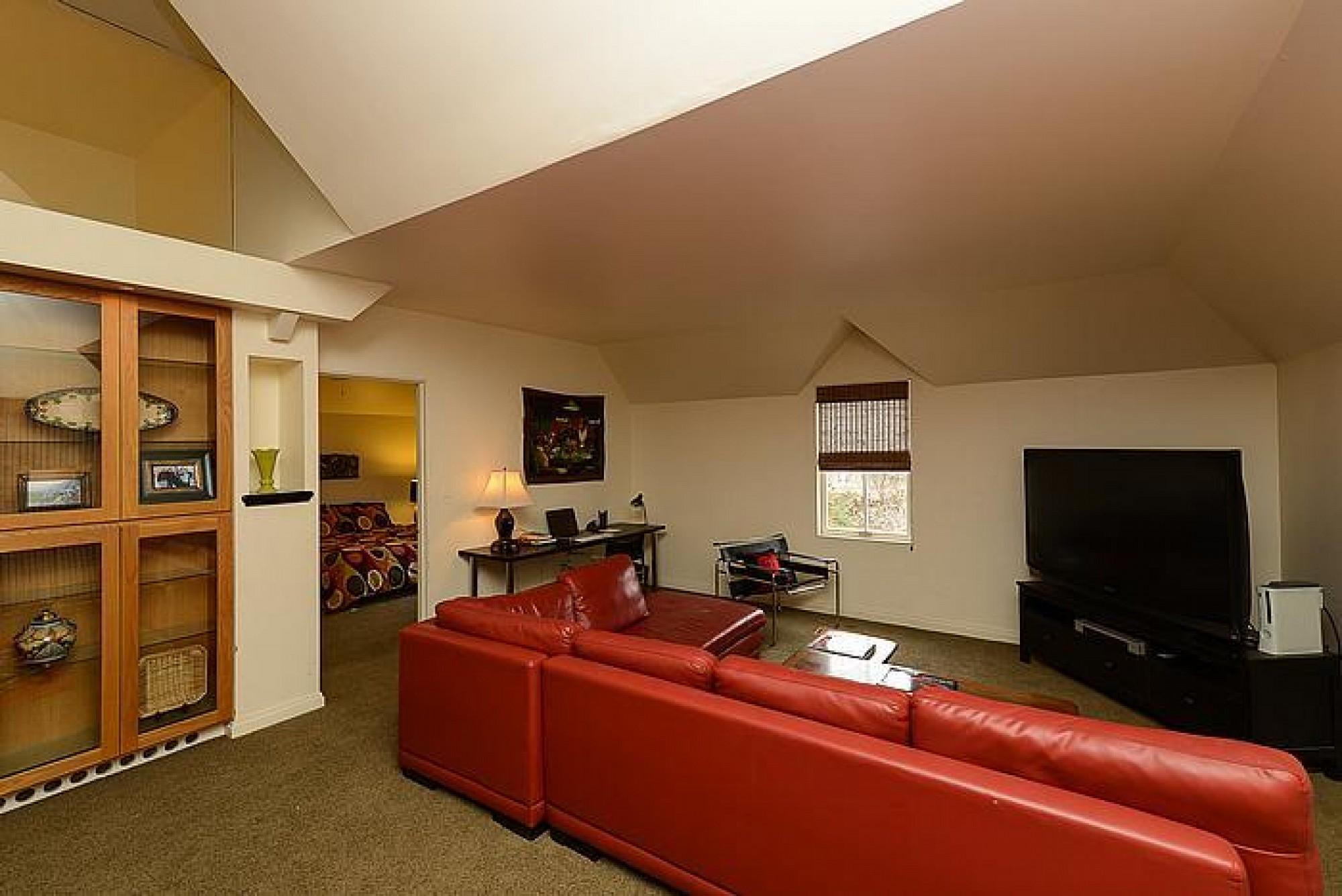 1011 Humboldt Street, Denver, CO 80218