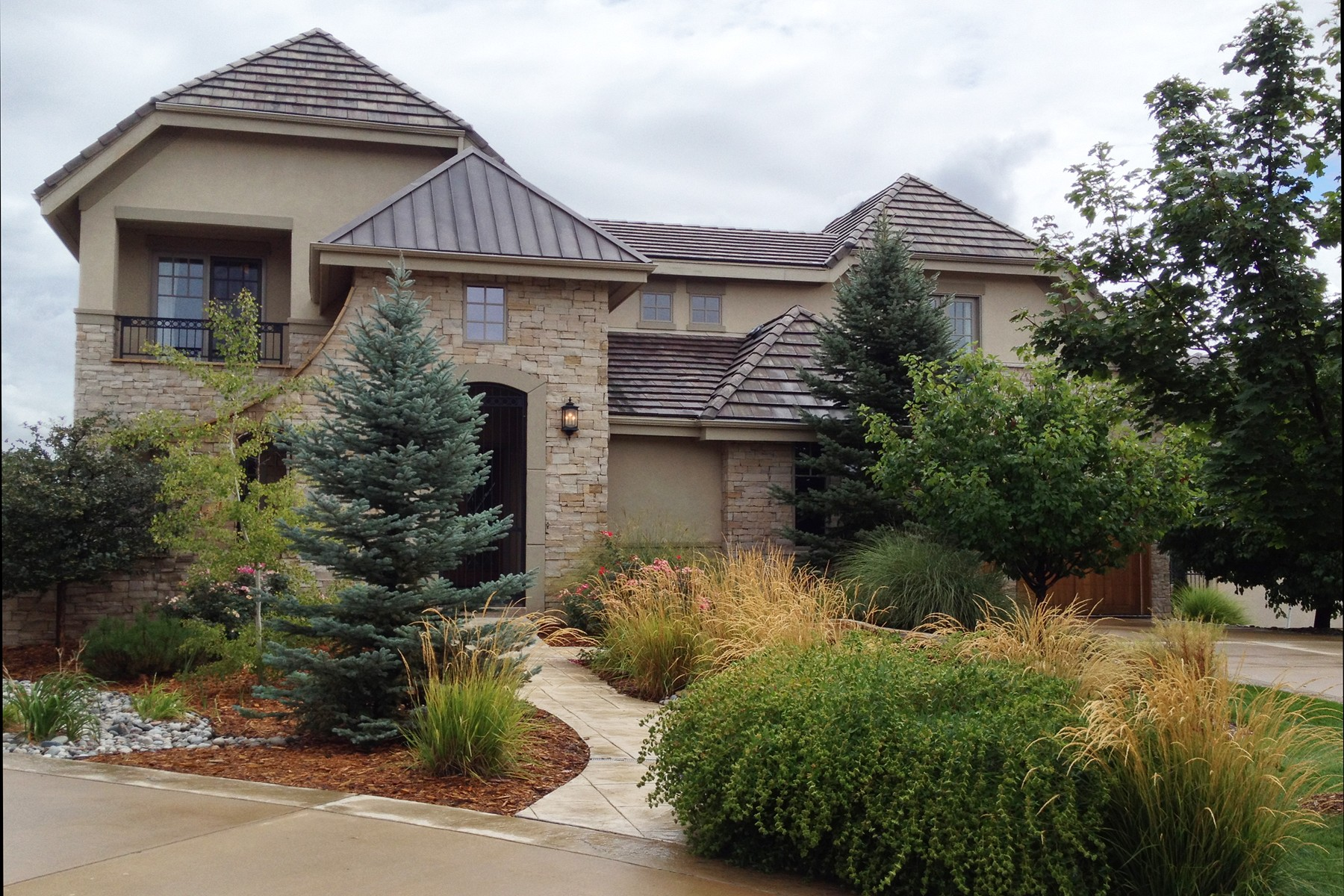 5 Sommerset Circle, Greenwood Village, CO 80111