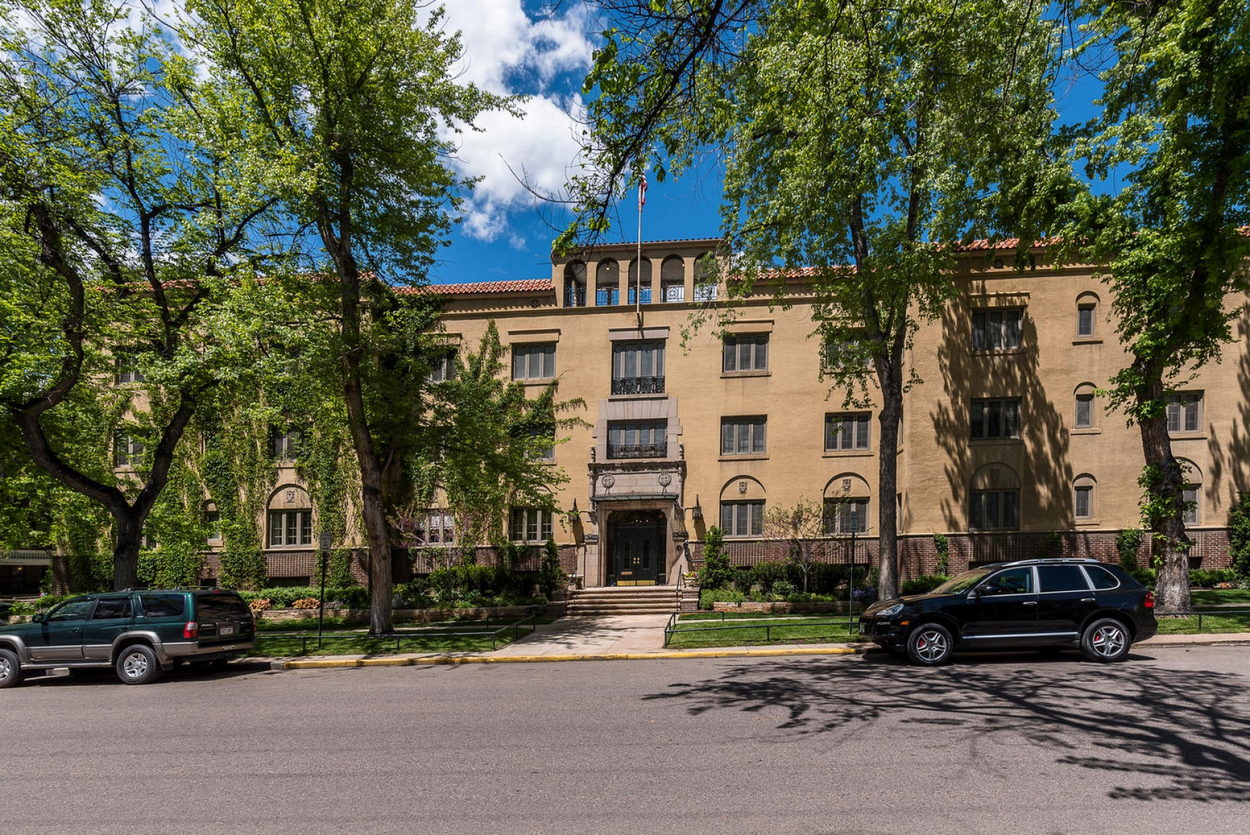 1515 E. 9th Avenue, #304, Denver, CO 80218