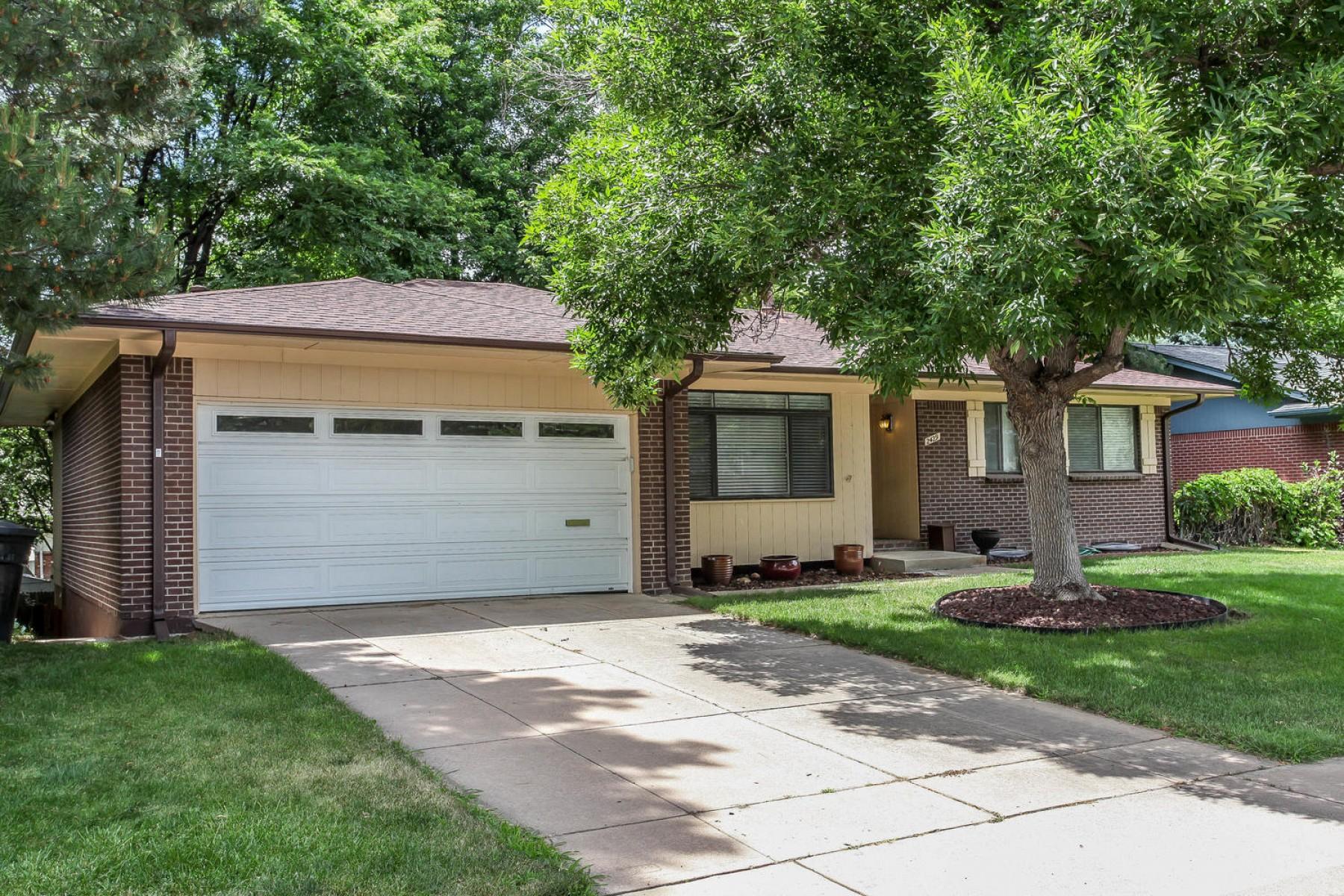 2429 S. Oneida Street, Denver, CO 80224