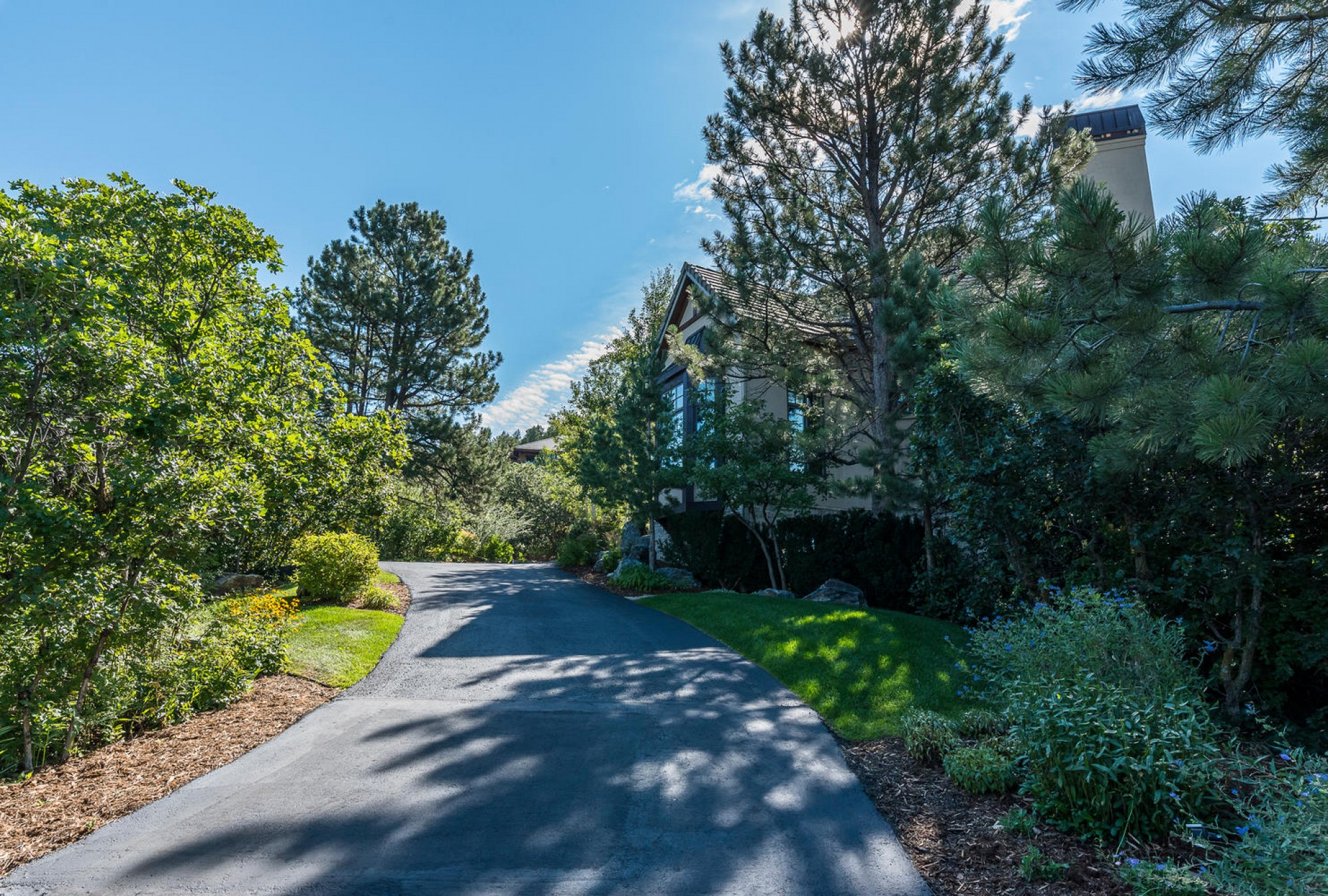 1054 Cypress Way, Castle Rock, CO 80108