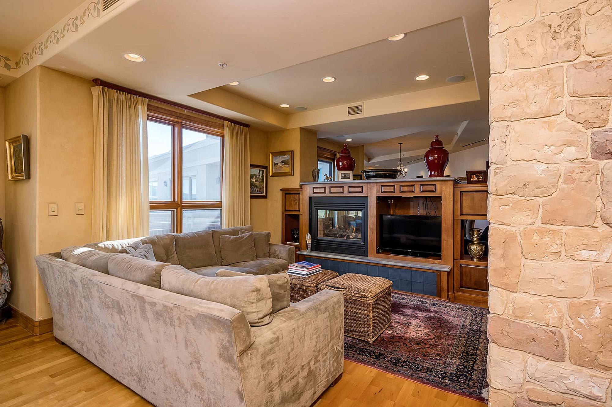 4875 S. Monaco Street #703, Denver, CO 80237