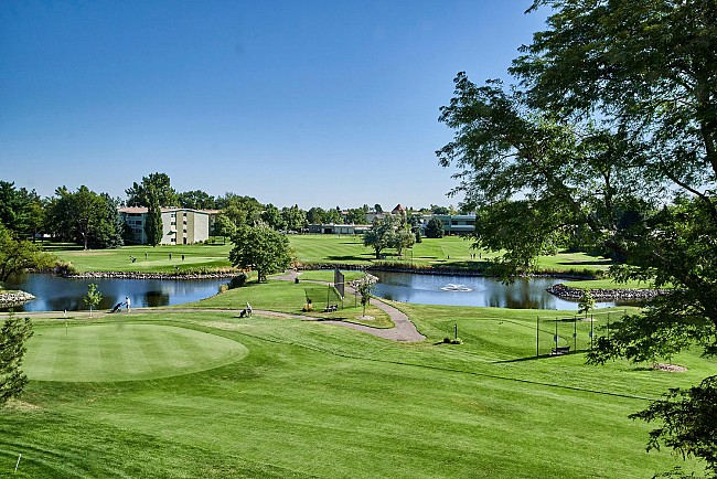 Updated and arguably one of the best golf course views in Windsor Gardens!