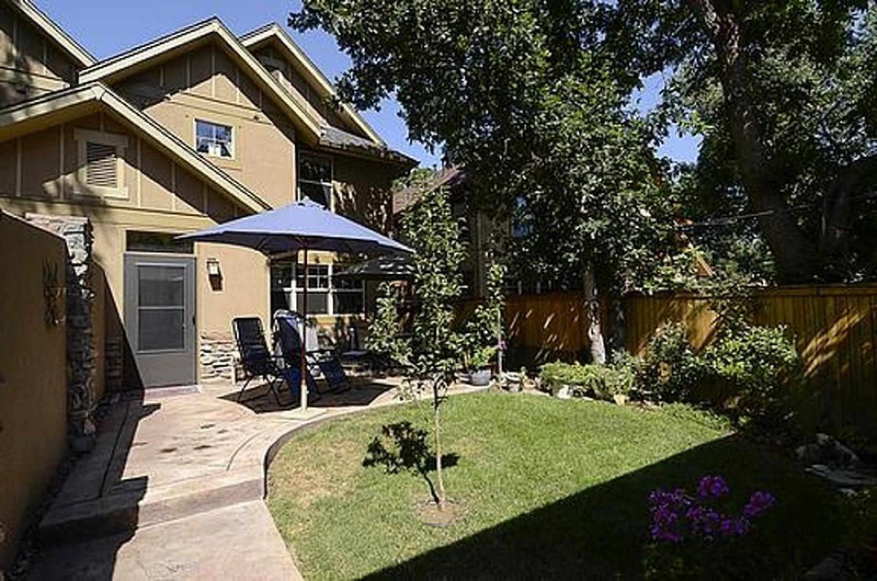 2040 S. Clayton Street, Denver, CO 80210